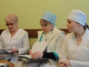 3 Ärztinnen an der Studienbesprechung